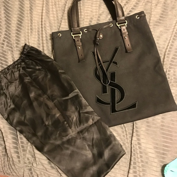 1aa3d819cfa0 ❣️AUTHENTIC❣️YSL Canvas Tote w  dust bag. M 5b93fc276a0bb7851cd4927f